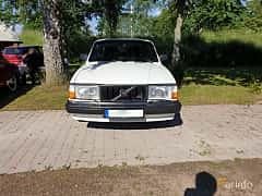 Front  of Volvo 244 2.3 Manual, 116ps, 1991 at Eddys bilträff Billesholm 2019 Tema Opel och Chevrolet