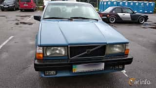 Front/Side  of Volvo 744 1991 at Old Car Land no.2 2018