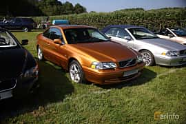 Front/Side  of Volvo C70 Coupé 2.3 T5 Automatic, 240ps, 1998 at Tjolöholm Classic Motor 2018