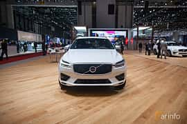 Front  of Volvo XC60 2.0 T8 AWD Geartronic, 408ps, 2017 at Geneva Motor Show 2017