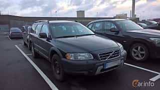 Front/Side  of Volvo XC70 D5 AWD Geartronic, 185ps, 2007