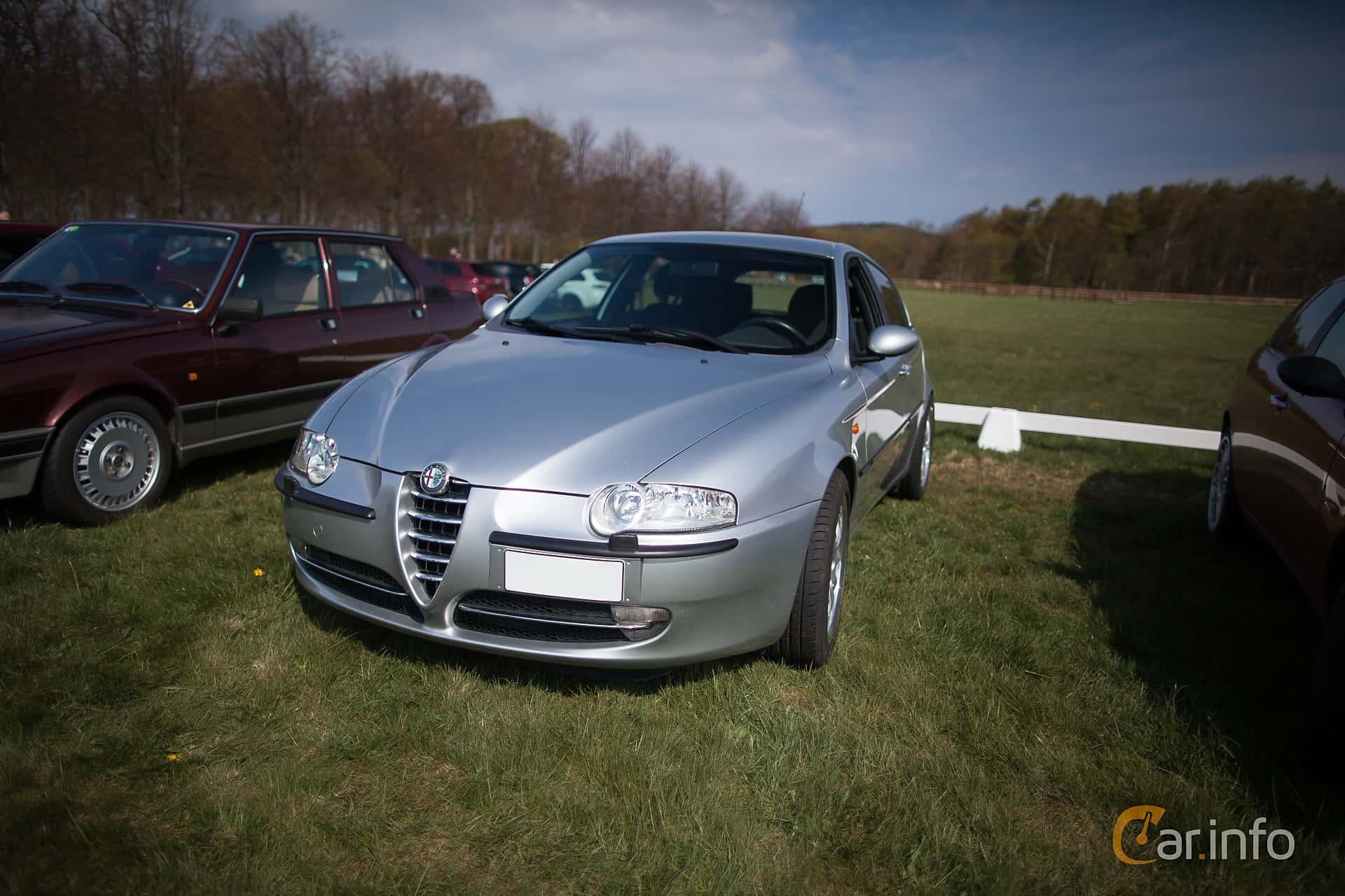 Alfa Romeo 147 border=
