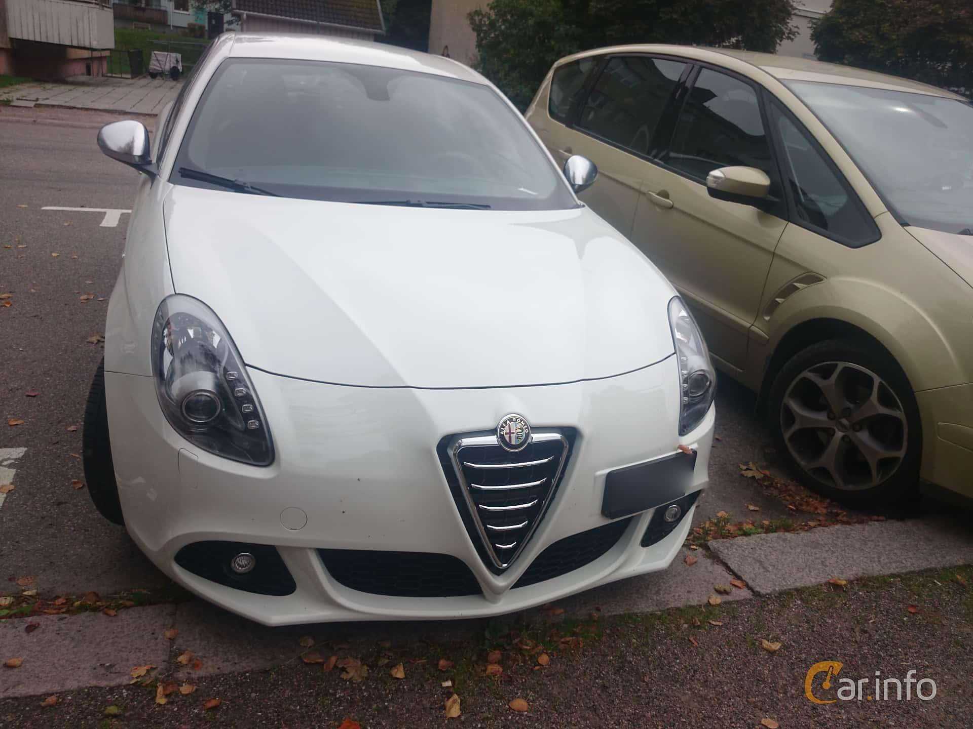 Alfa Romeo Giulietta 1 4 TB 16V MultiAir Manual 170hp 2012