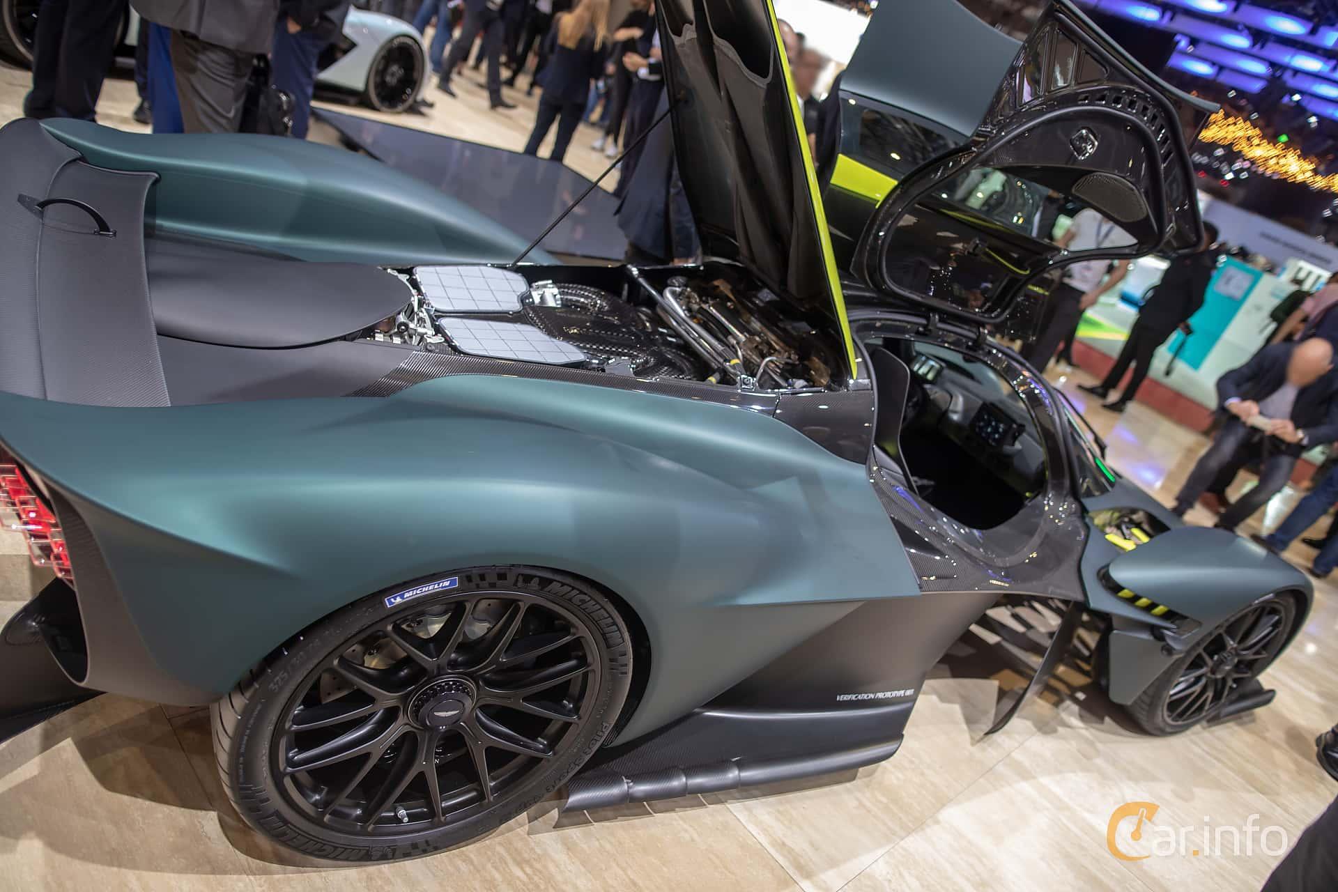 Supercars Gallery Aston Martin Valkyrie Engine