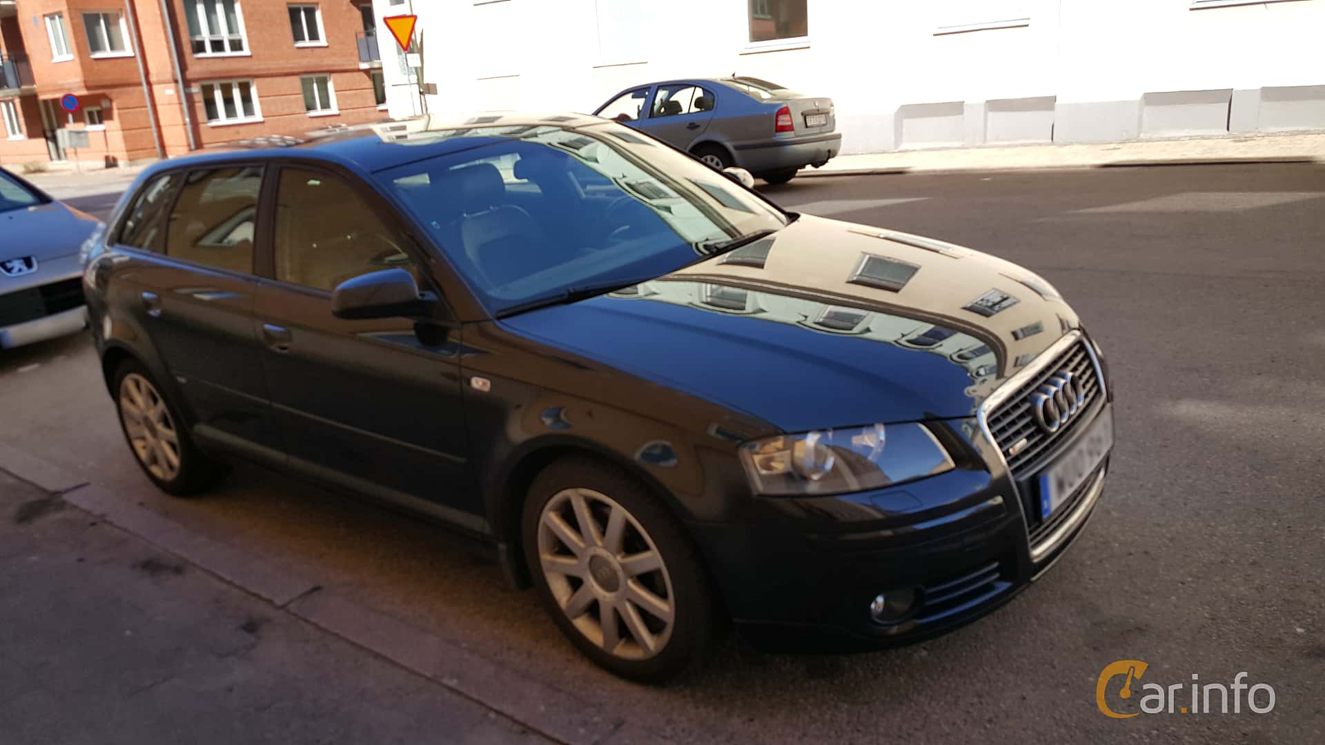 Front/Side of Audi A3 Sportback 2.0 TFSI quattro Manual, 200ps, 2005