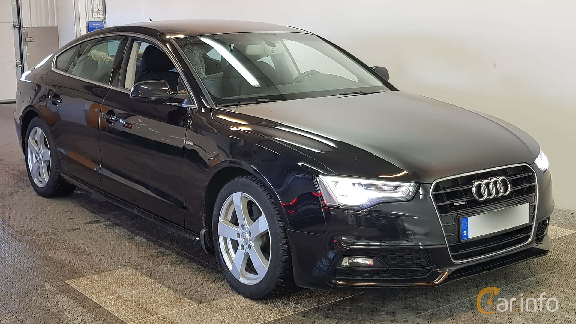 Front/Side of Audi A5 Sportback 2.0 TDI clean diesel quattro Manual, 190ps,