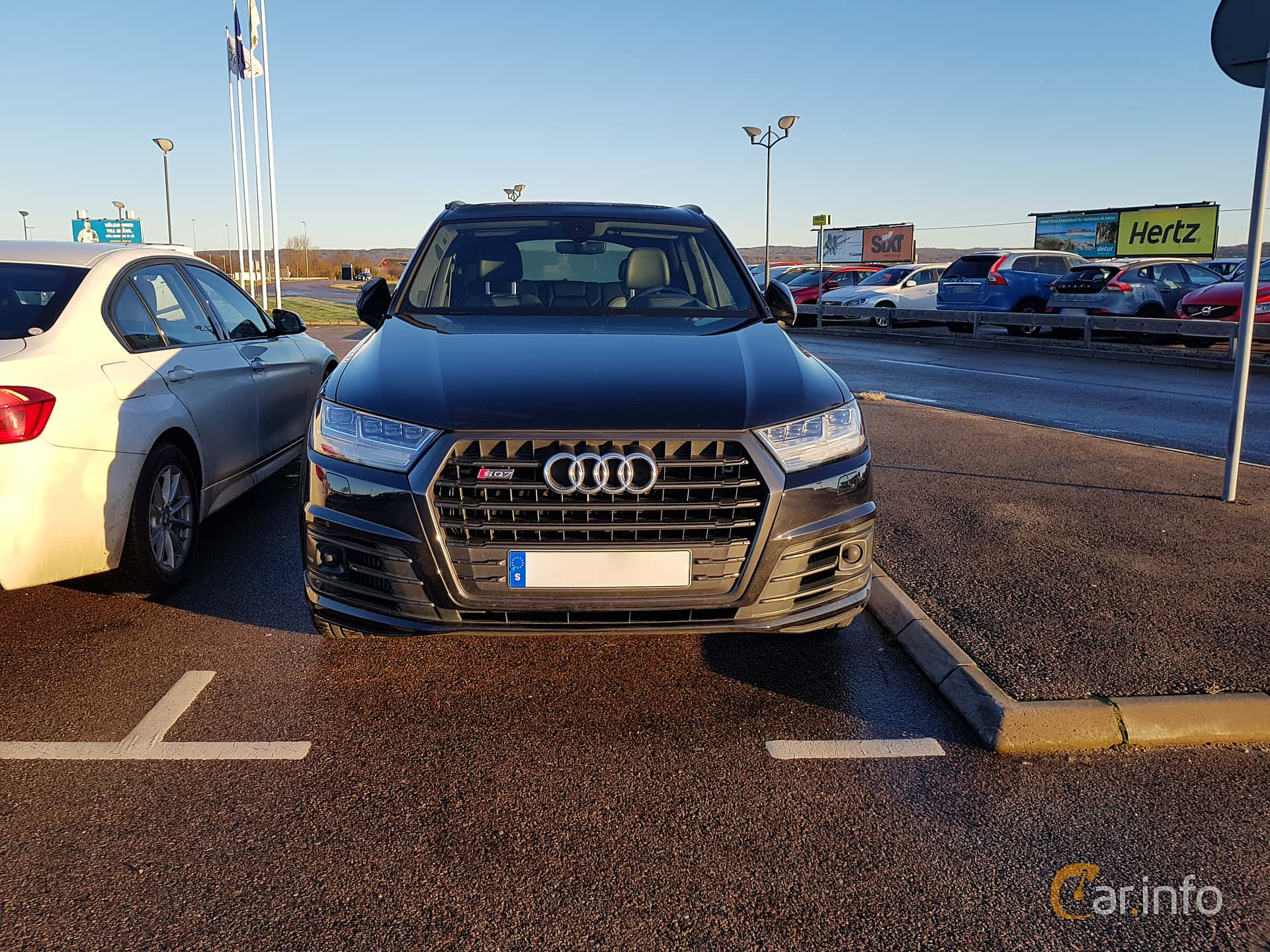 Front  of Audi SQ7 4.0 TDI V8 quattro TipTronic, 435ps, 2017