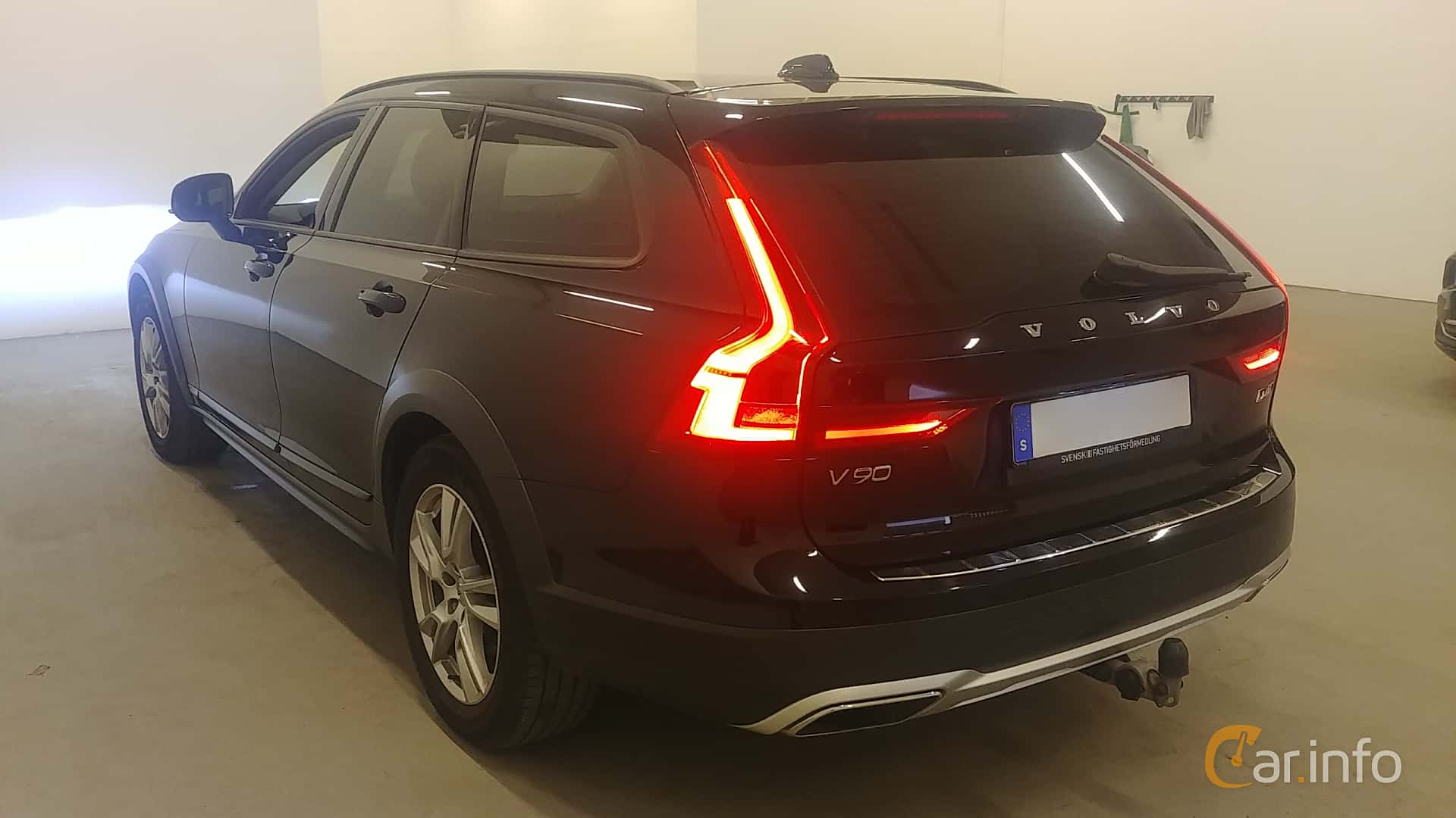 Volvo V90 Cross Country D4 AWD Geartronic, 190hp, 2017