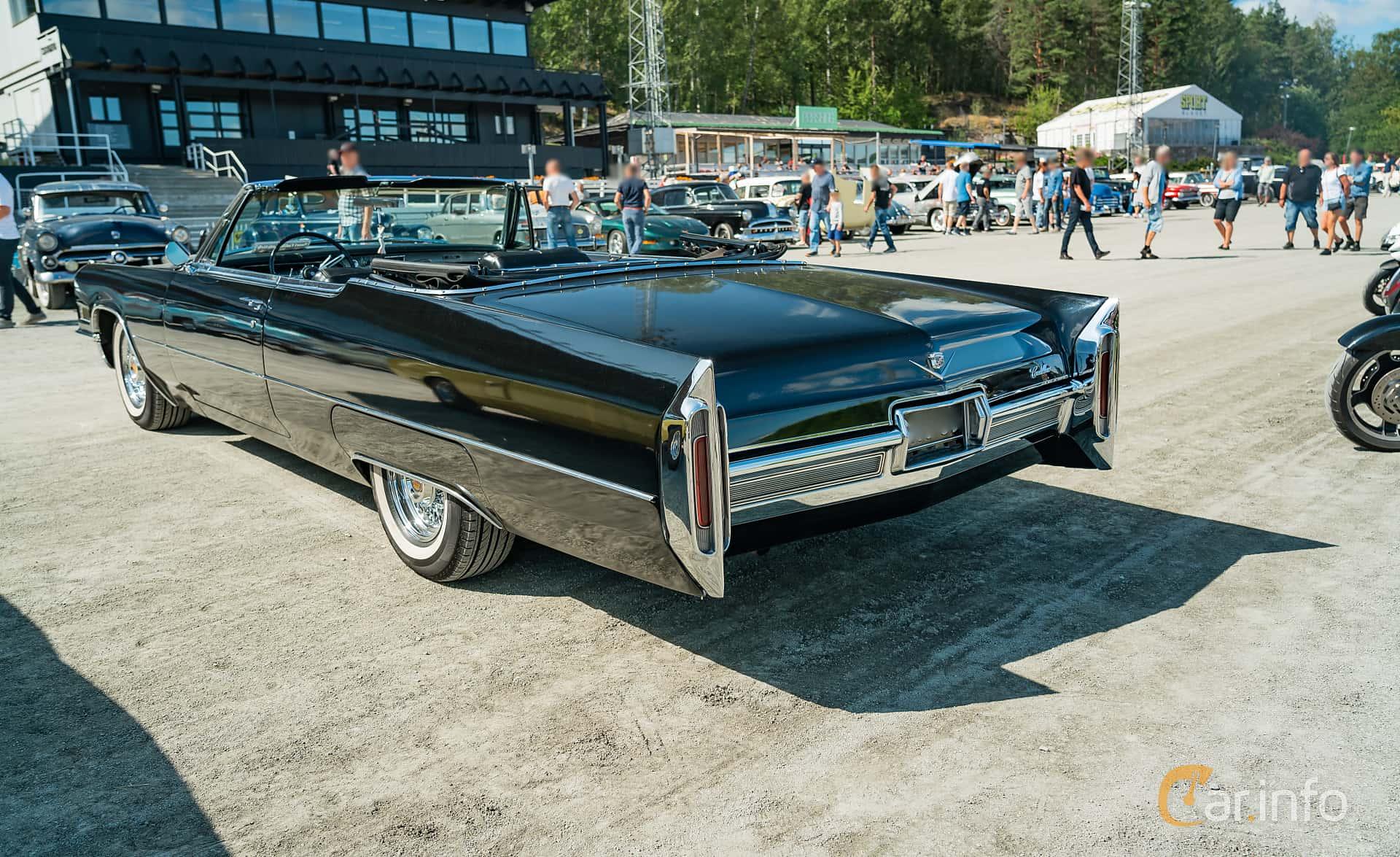 Cadillac De Ville Cabriolet 7.0 V8 OHV Hydra-Matic, 345hk, 1966 at Stockholm Vintage & Sports Car meet 2019