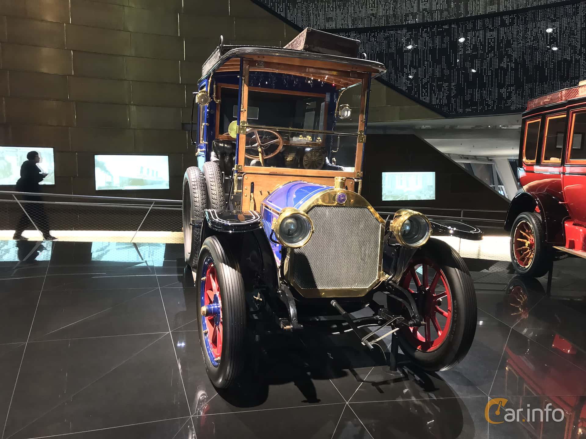 Front/Side  of Benz 20/35 PS Landaulet 5.2 Manual, 35ps, 1909