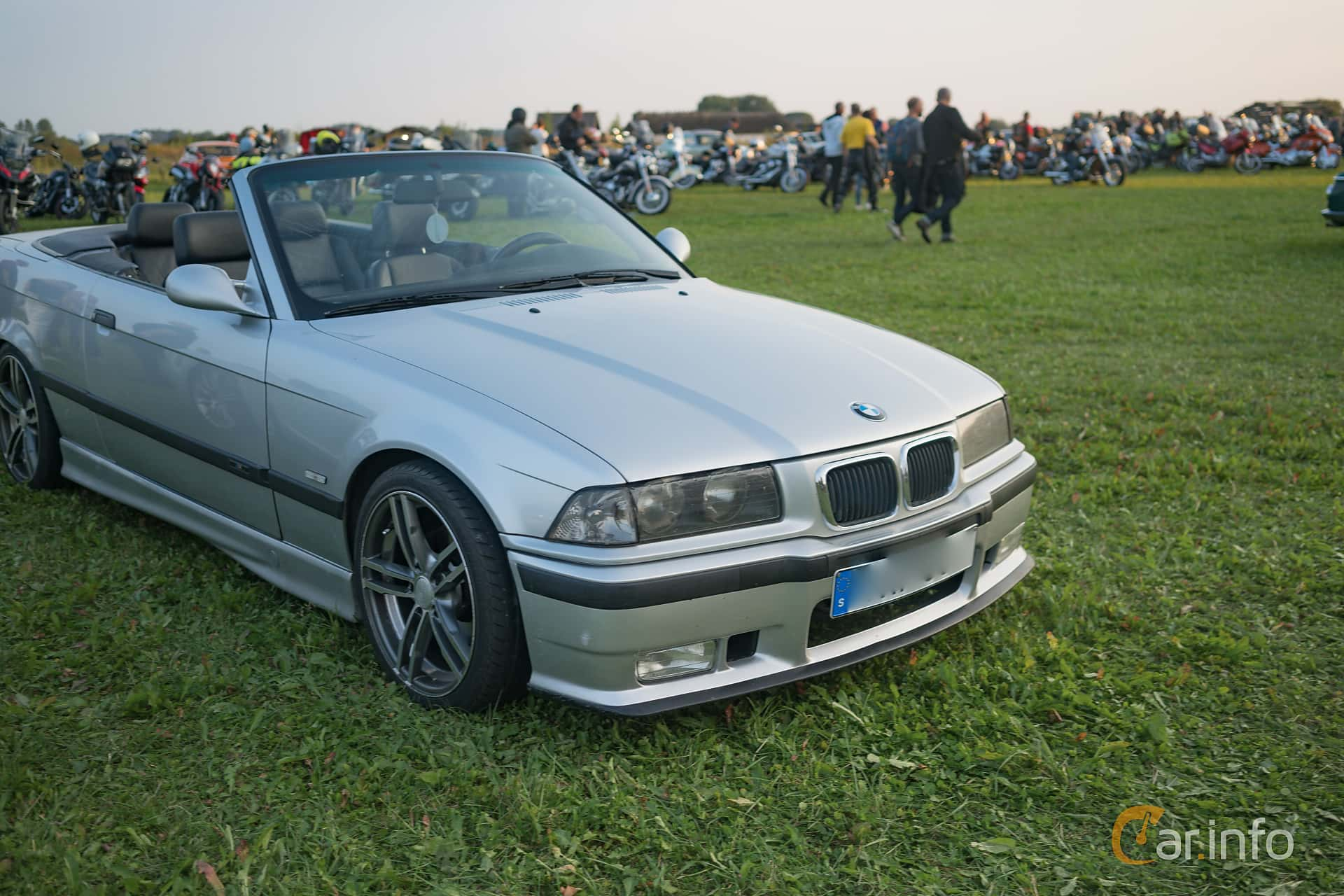 2 images of bmw 320i convertible 2 0 manual 150hp 1997 by rh car info 1998 BMW M3 Convertible 1998 BMW M3 Convertible