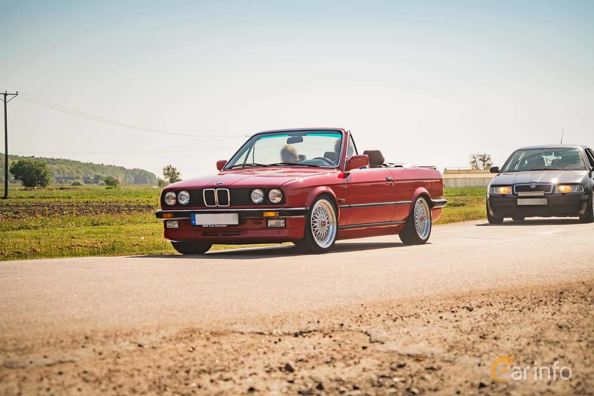 Front/Side of BMW 325i Convertible Manual, 170ps, 1987 at Tjolöholm Classic  Motor