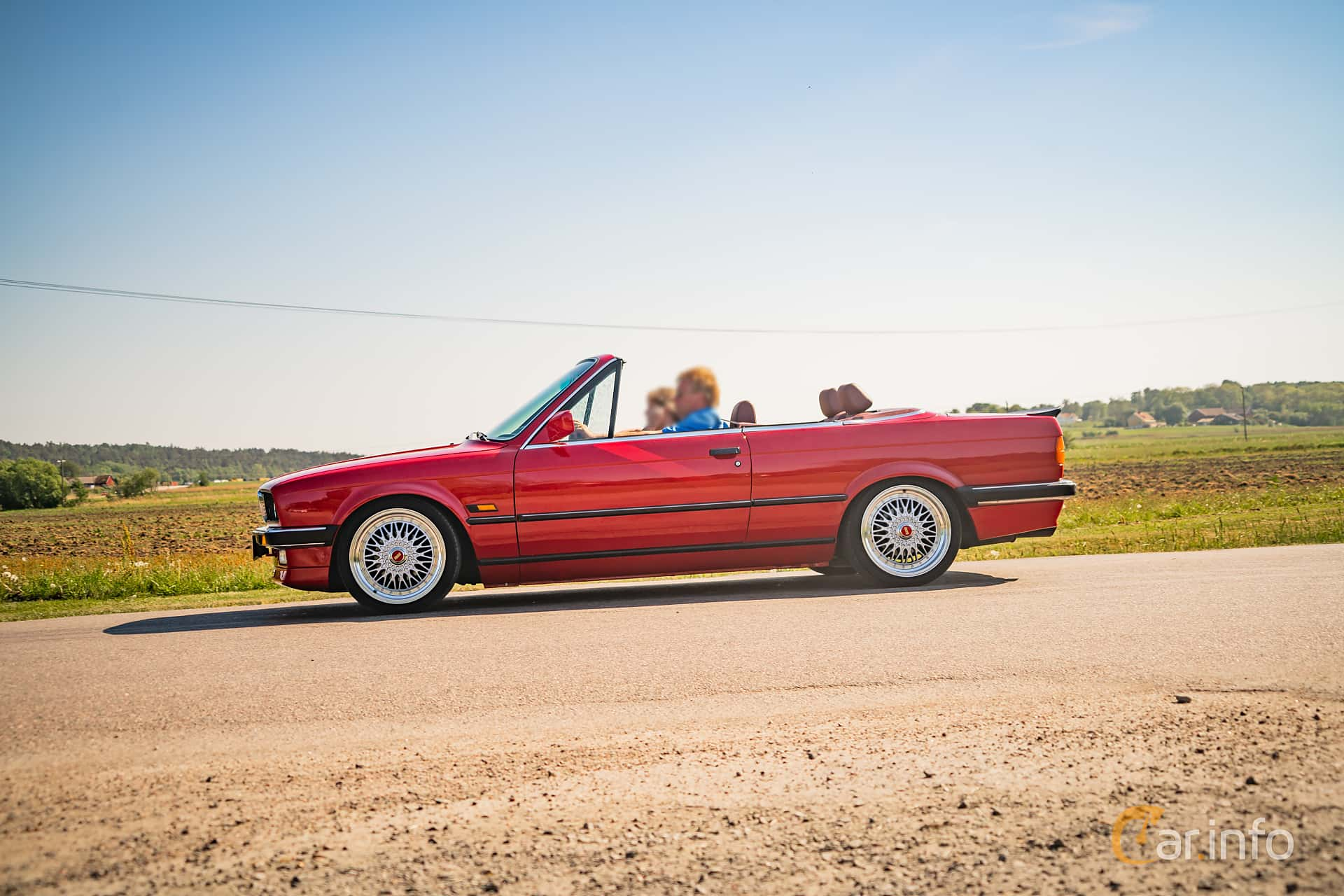 Side of BMW 325i Convertible Manual, 170ps, 1987 at Tjolöholm Classic Motor  2018