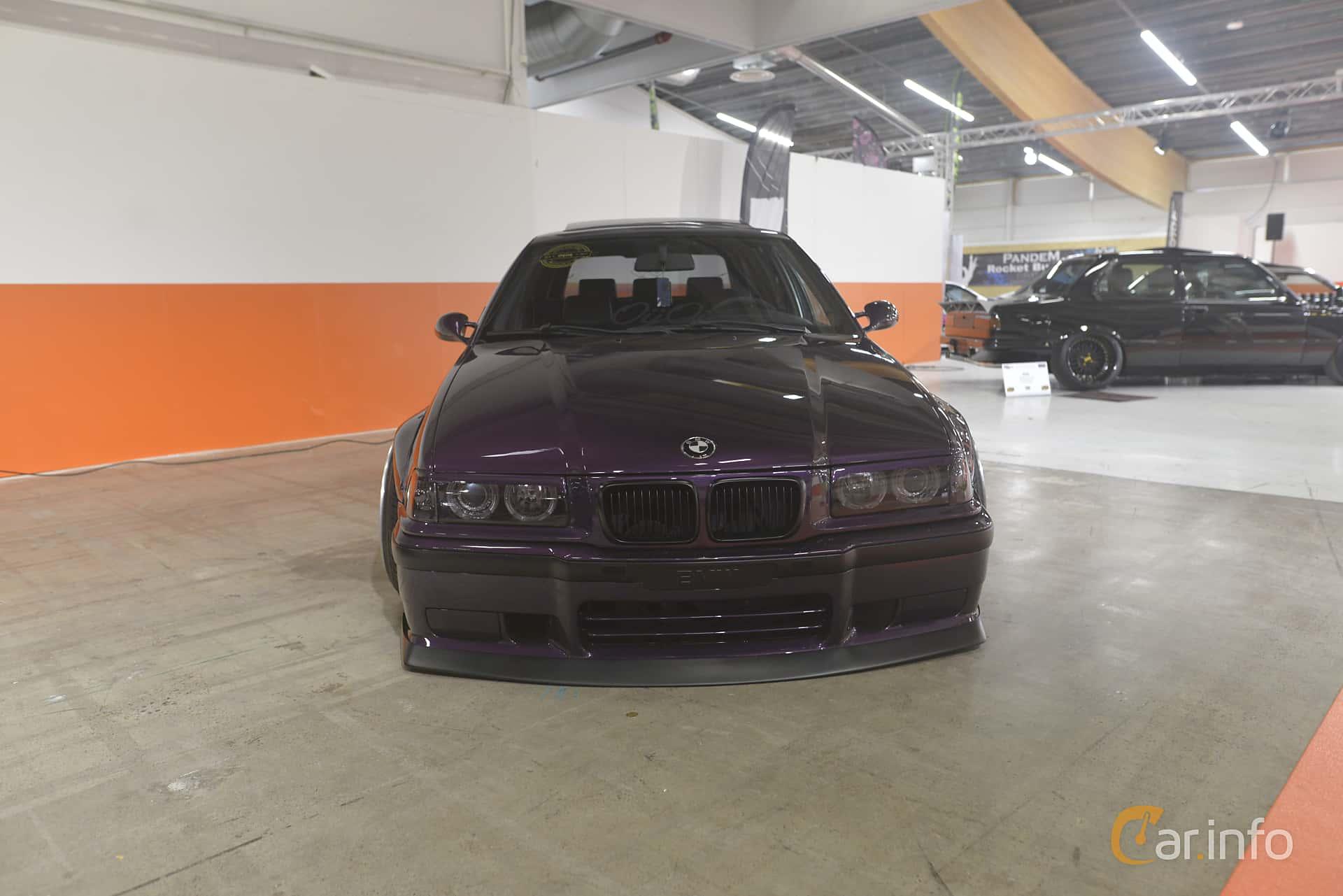 BMW 328i Touring  Automatic, 193hp, 1997 at Bilsport Performance & Custom Motor Show 2019