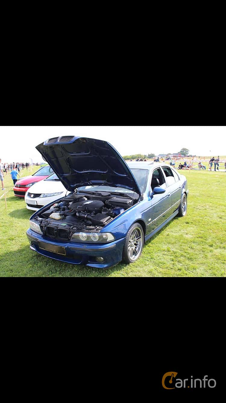 BMW M5 Sedan  Manual, 400hp, 2000 at Vallåkraträffen 2017