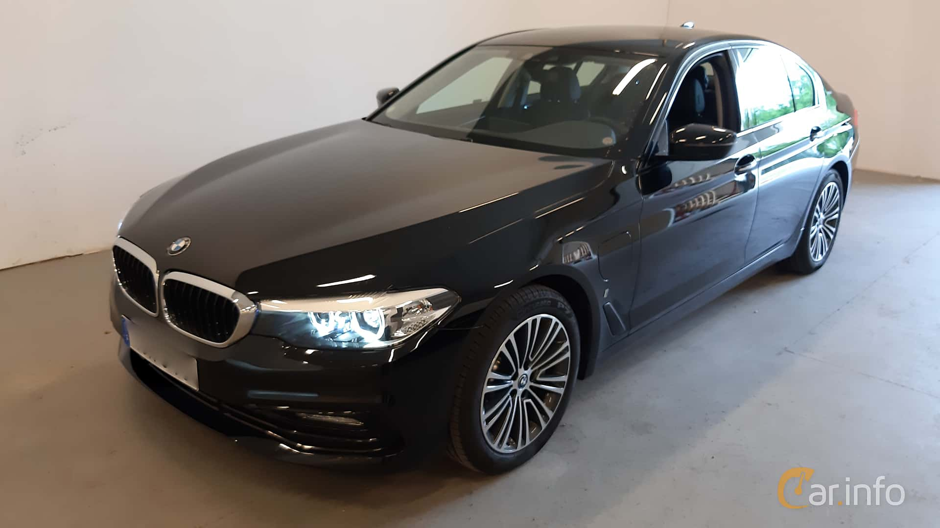 BMW 530e iPerformance Sedan  Steptronic, 252hp, 2018