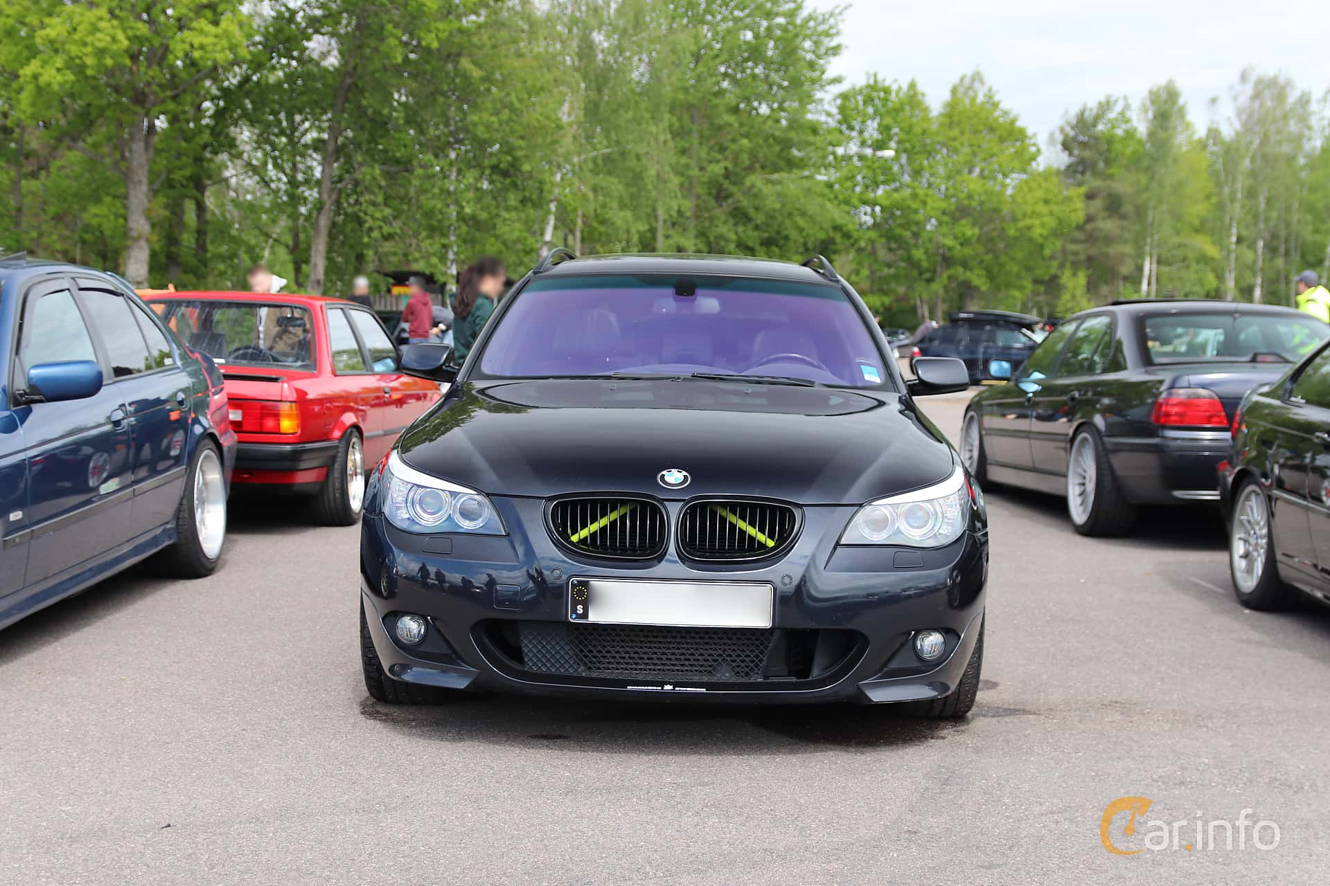 2 images of BMW 535d Touring Steptronic, 286hp, 2010 by Jarbo