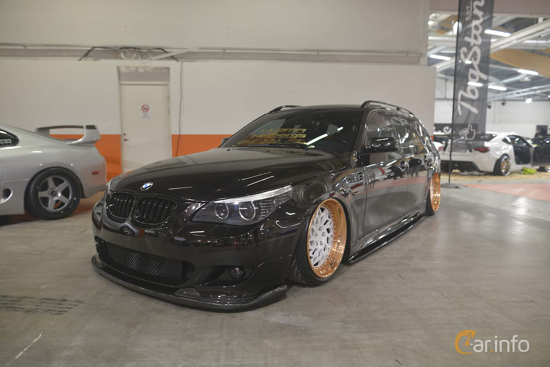 Front/Side  of BMW 5 Series Touring 2004 at Bilsport Performance & Custom Motor Show 2019