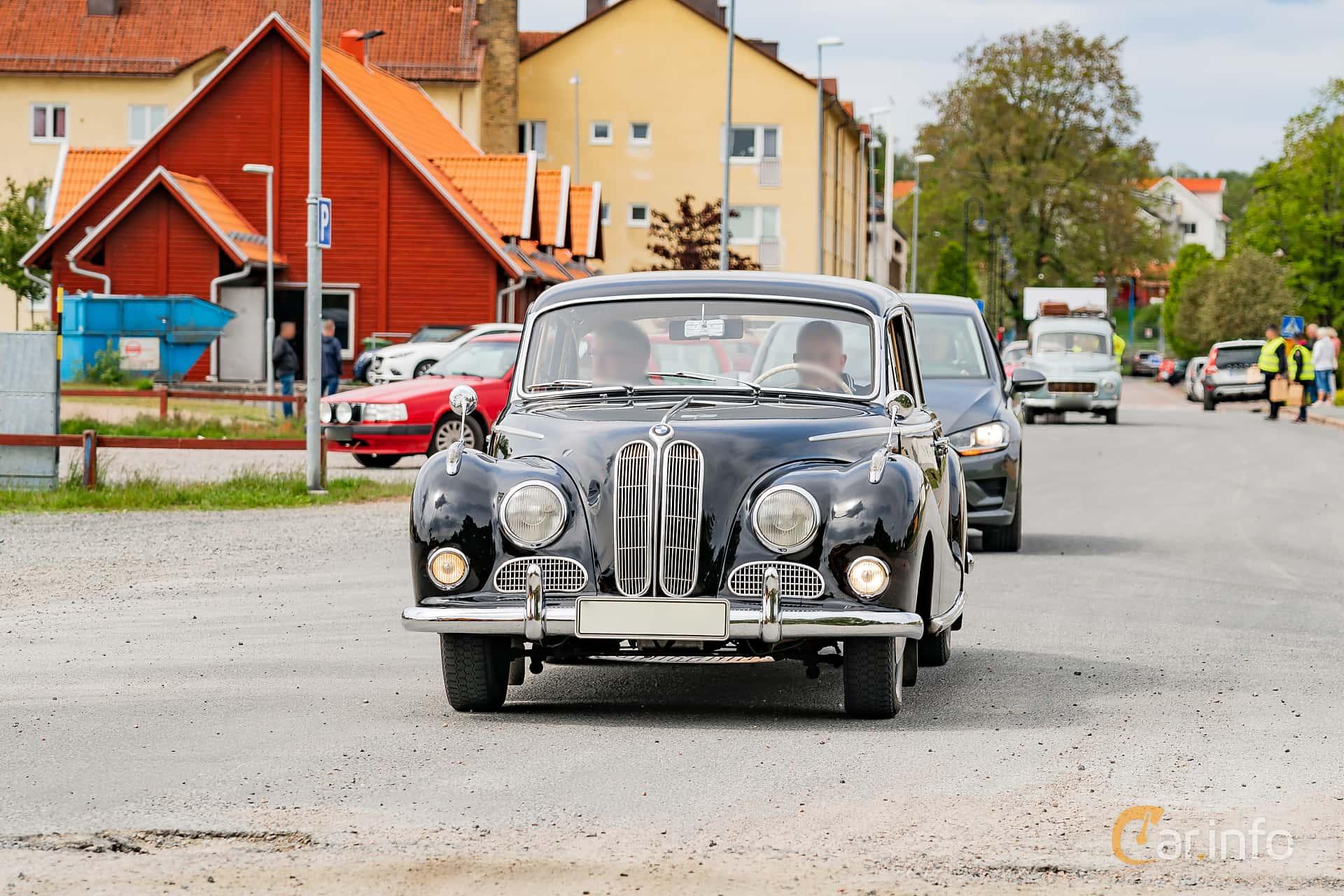 BMW 502 2.6 V8 Manual, 100hp, 1956 at Riksettanrallyt 2019 Skillingaryd
