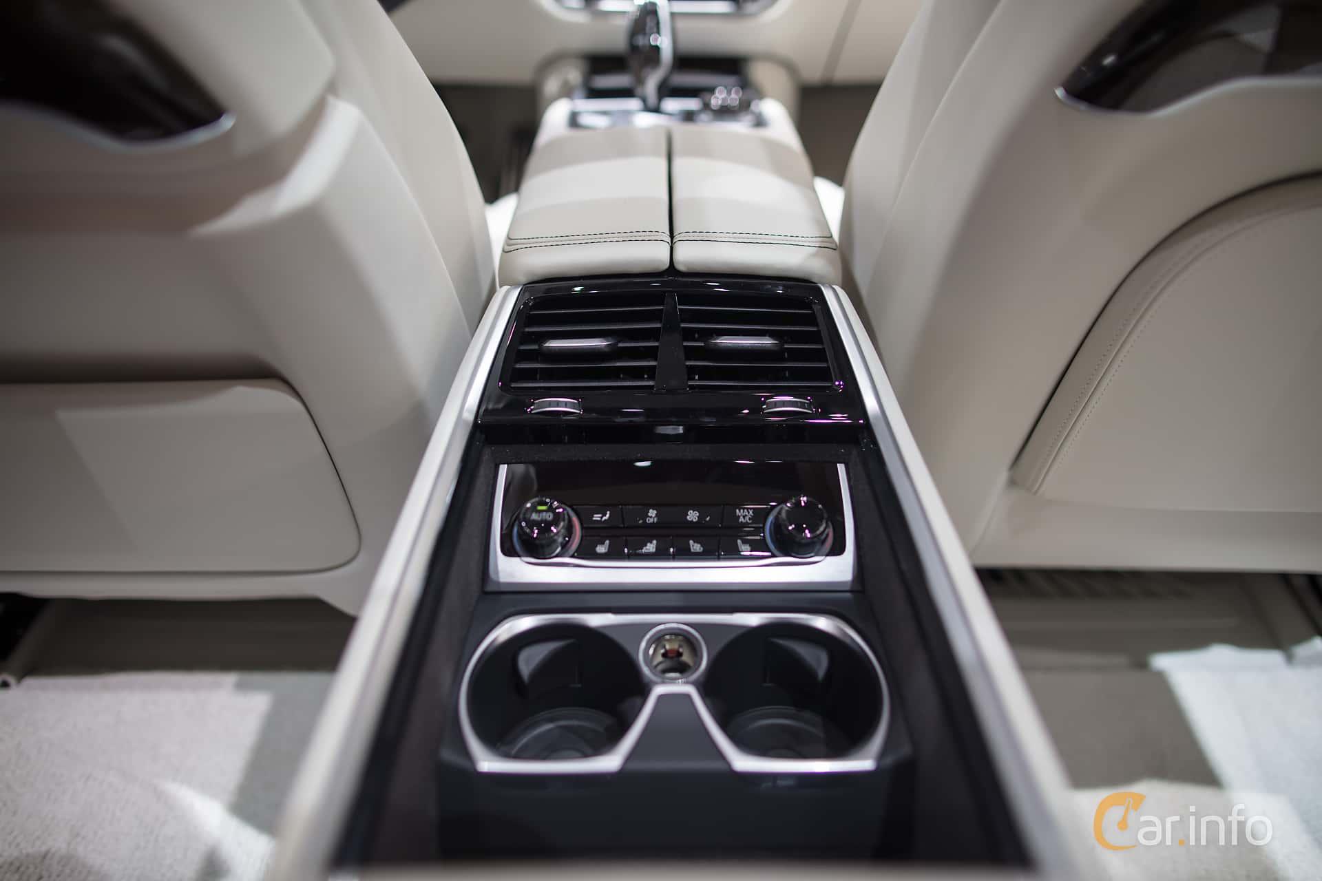 BMW M760Li XDrive 66 V12 Steptronic 610hp 2017 At Geneva Motor Show