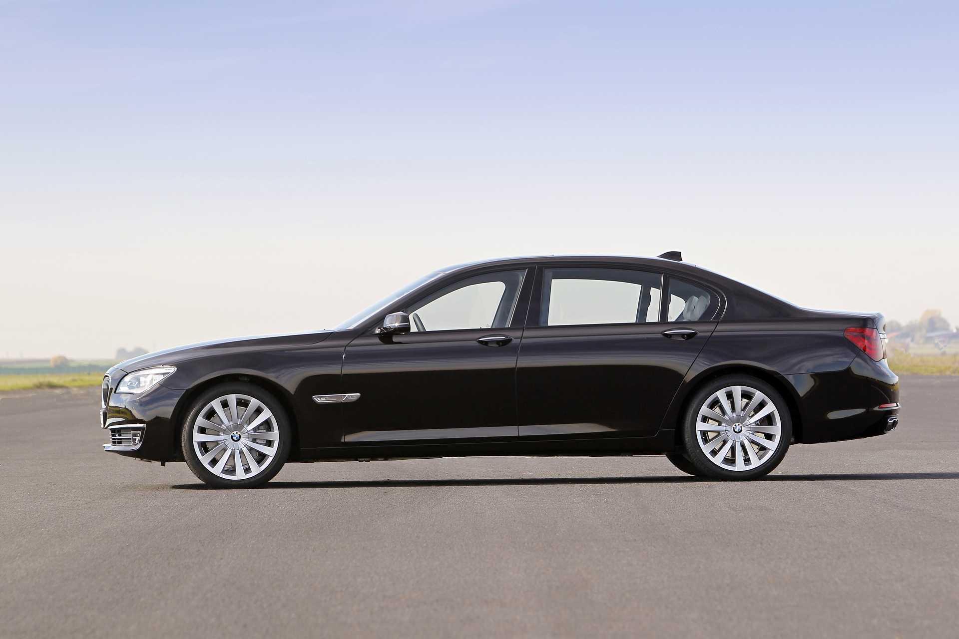 BMW 760Li  Steptronic, 544hp, 2012