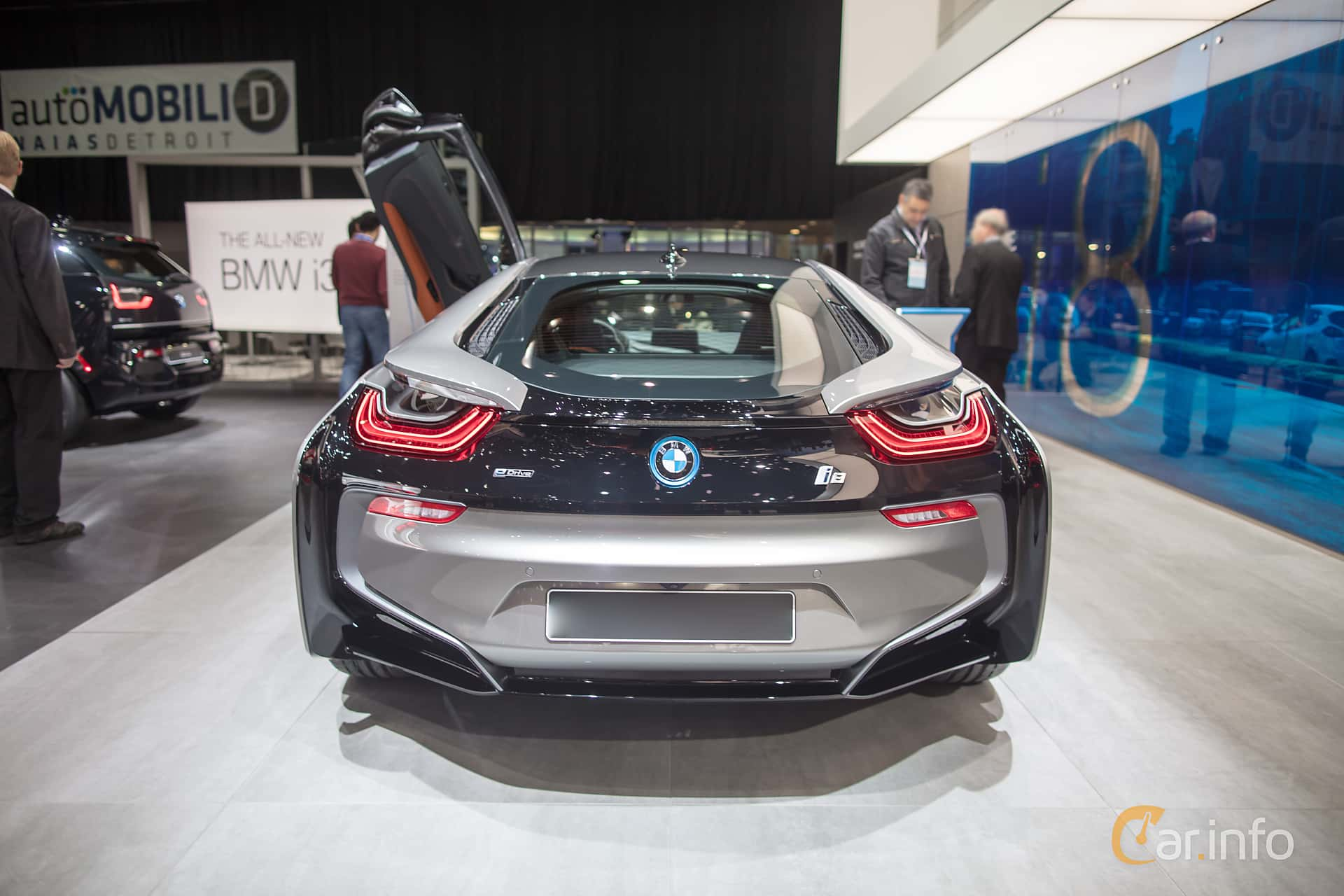BMW i8 1.5 + 11.6 kWh Steptronic, 374hp, 2018 at North American International Auto Show 2018