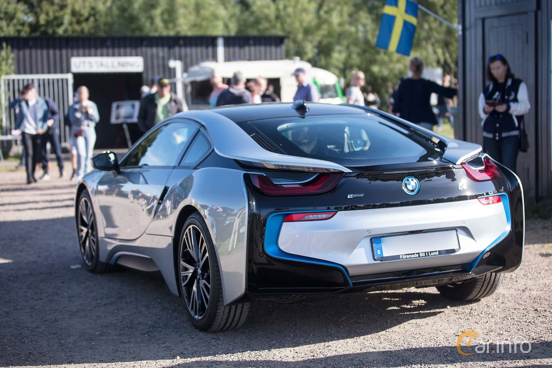 7 Images Of Bmw I8 1 5 7 1 Kwh Steptronic 362hp 2017 By Jarbo