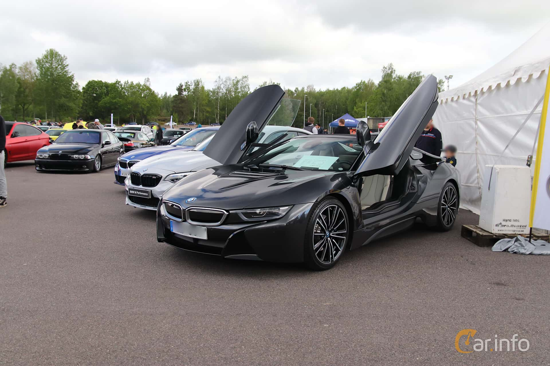 Front/Side  of BMW i8 Roadster 1.5 + 11.6 kWh Steptronic, 374ps, 2019 at Bimmers of Sweden @ Mantorp 2019