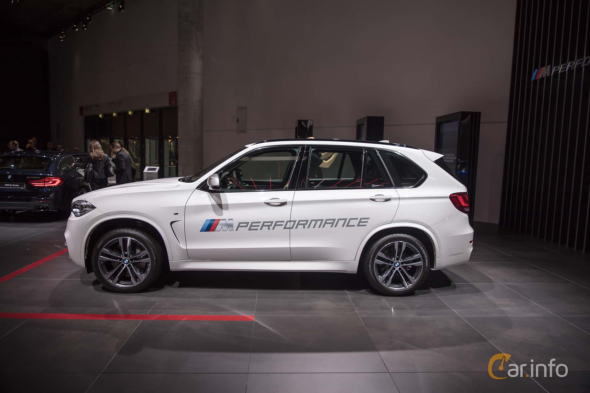 6 images of bmw x5 m50d 3 0 xdrive steptronic 381hp 2018 by franzhaenel. Black Bedroom Furniture Sets. Home Design Ideas