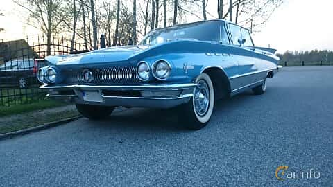 Front/Side  of Buick Electra 225 Hardtop 6.6 V8 Automatic, 330ps, 1960