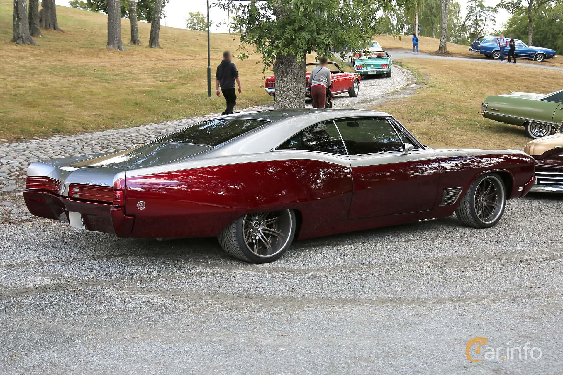 2 Images Of Buick Wildcat Sport Coup 70 V8 365hp 1968 By Espee Door Hardtop Back Side 365ps At Grensetreff Halden