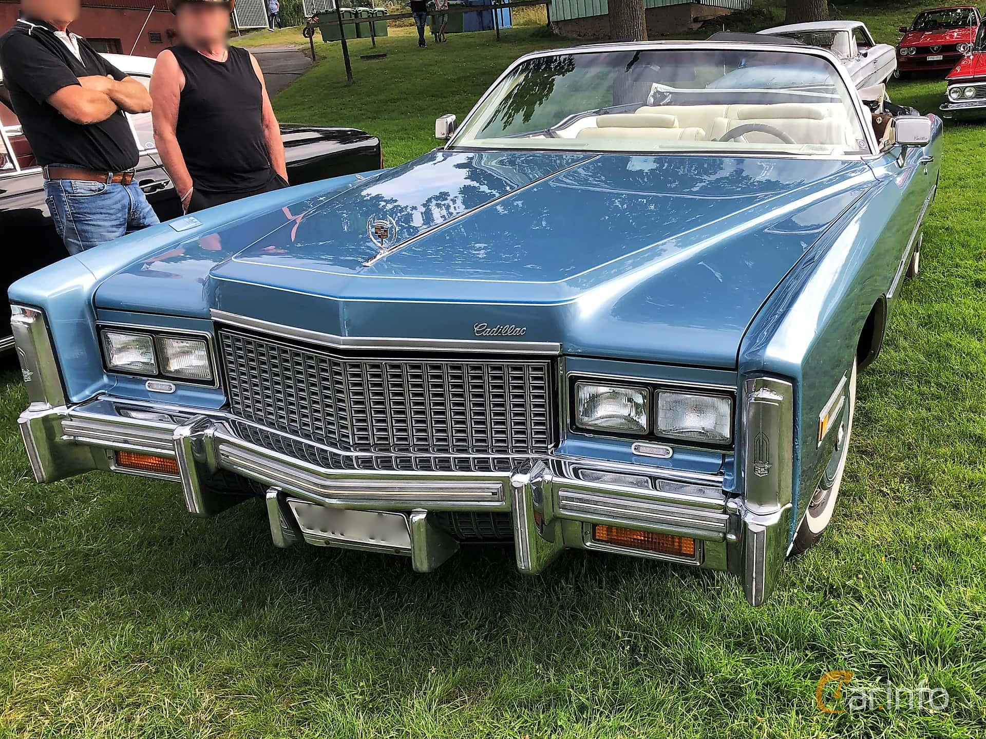 Front/Side  of Cadillac Eldorado Convertible 8.2 V8 OHV Hydra-Matic, 218ps, 1976 at Bil & MC-träffar i Huskvarna Folkets Park 2019 vecka 32 tema Hot Rods