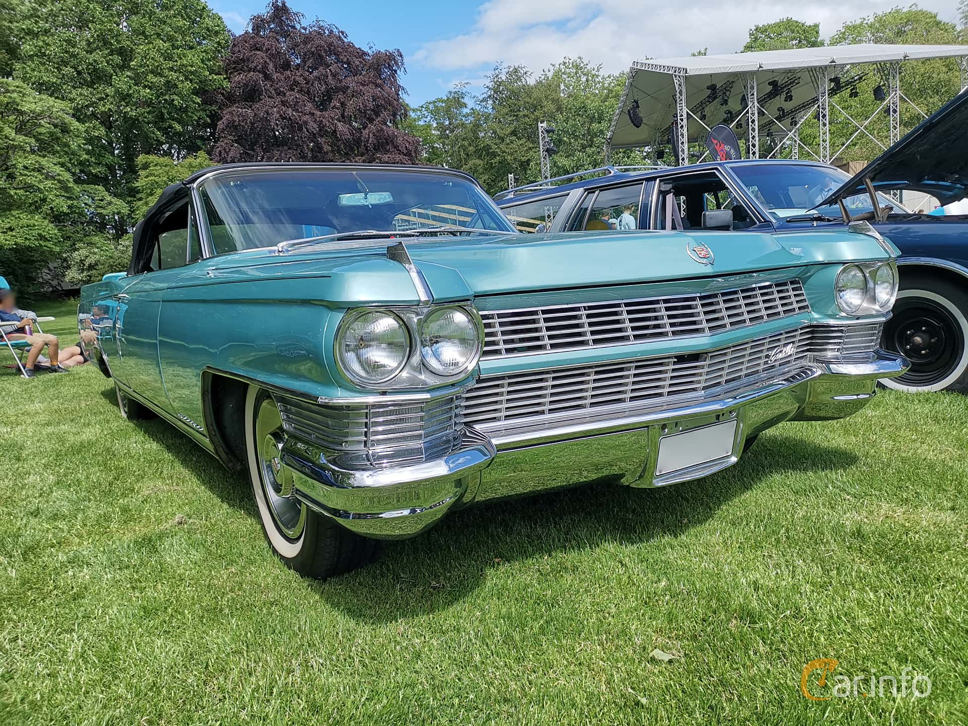Front/Side  of Cadillac Fleetwood Eldorado Convertible 7.0 V8 OHV Hydra-Matic, 345ps, 1964 at Sofiero Classic 2019