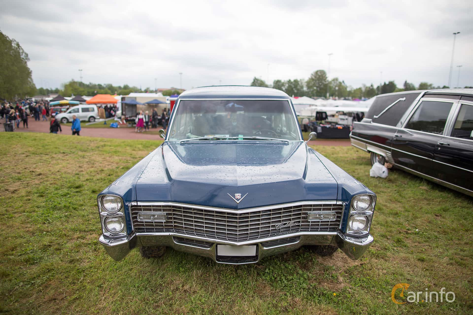 2 images of Cadillac Seventy-Five Commercial Chis 7.0 V8 OHV ...