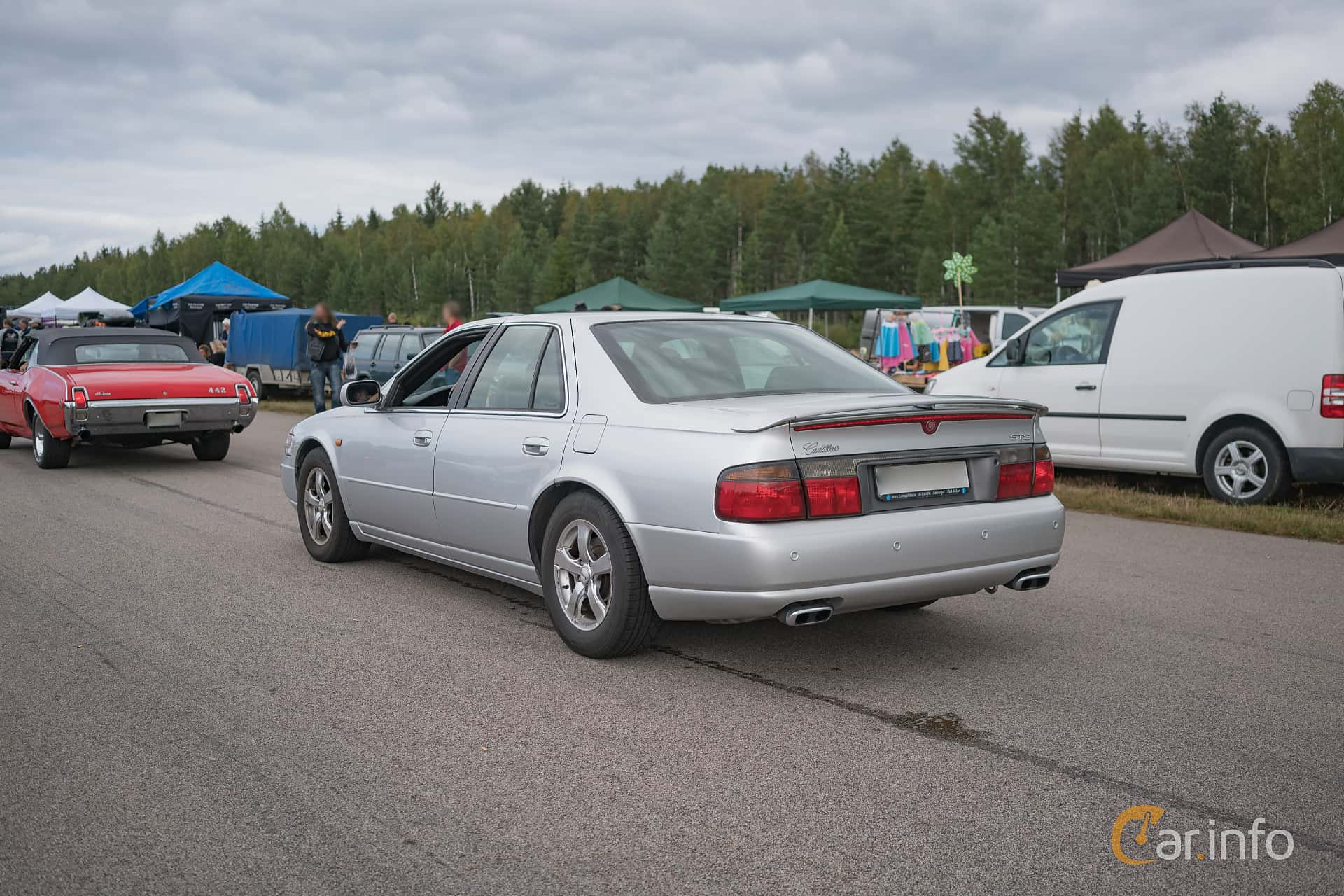 2 Images Of Cadillac Seville Sts 4 6 V8 Automatic 305hp 2000 By