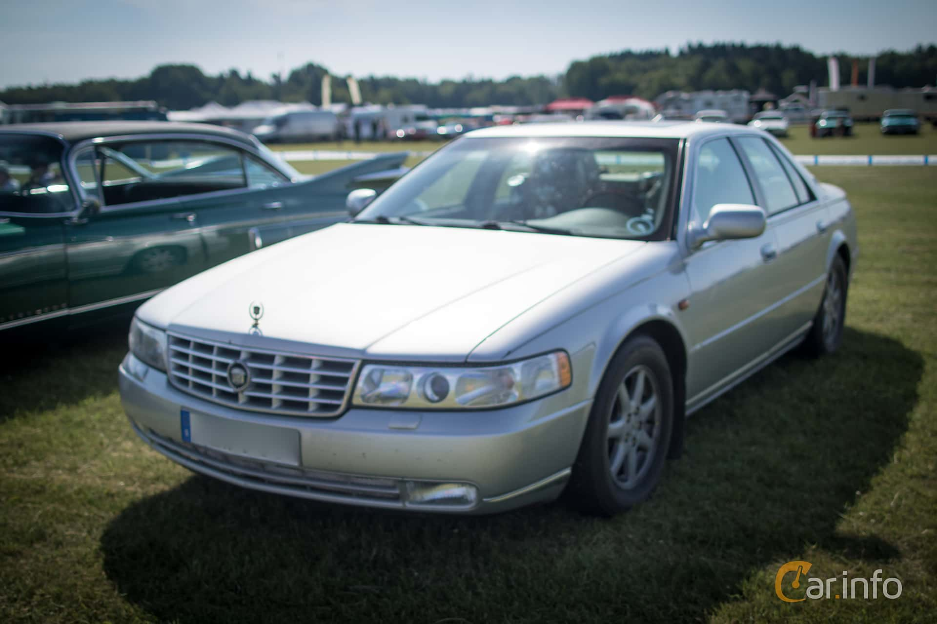 1 Images Of Cadillac Seville Sts 4 6 V8 Automatic 305hp 2001 By