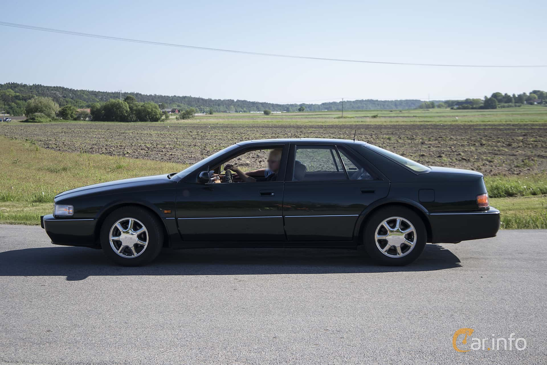 2 Images Of Cadillac Seville Sts 4 6 V8 Automatic 305hp 1996 By Pelle