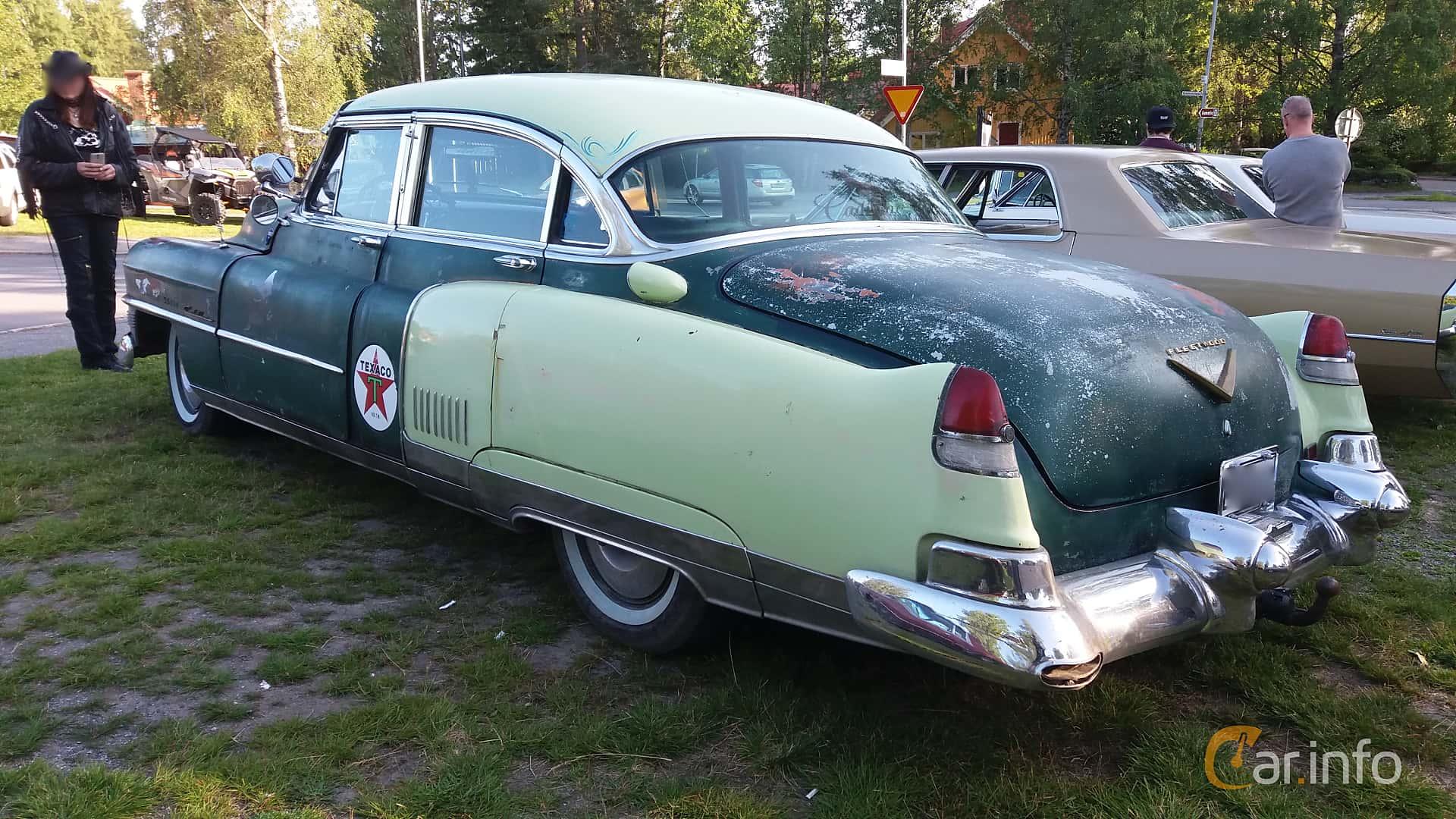 Back/Side of Cadillac Fleetwood Sixty Special 5.4 V8 Hydra-Matic, 213ps, 1953 at Onsdagsträffar på Gammlia Umeå 2019 vecka 28