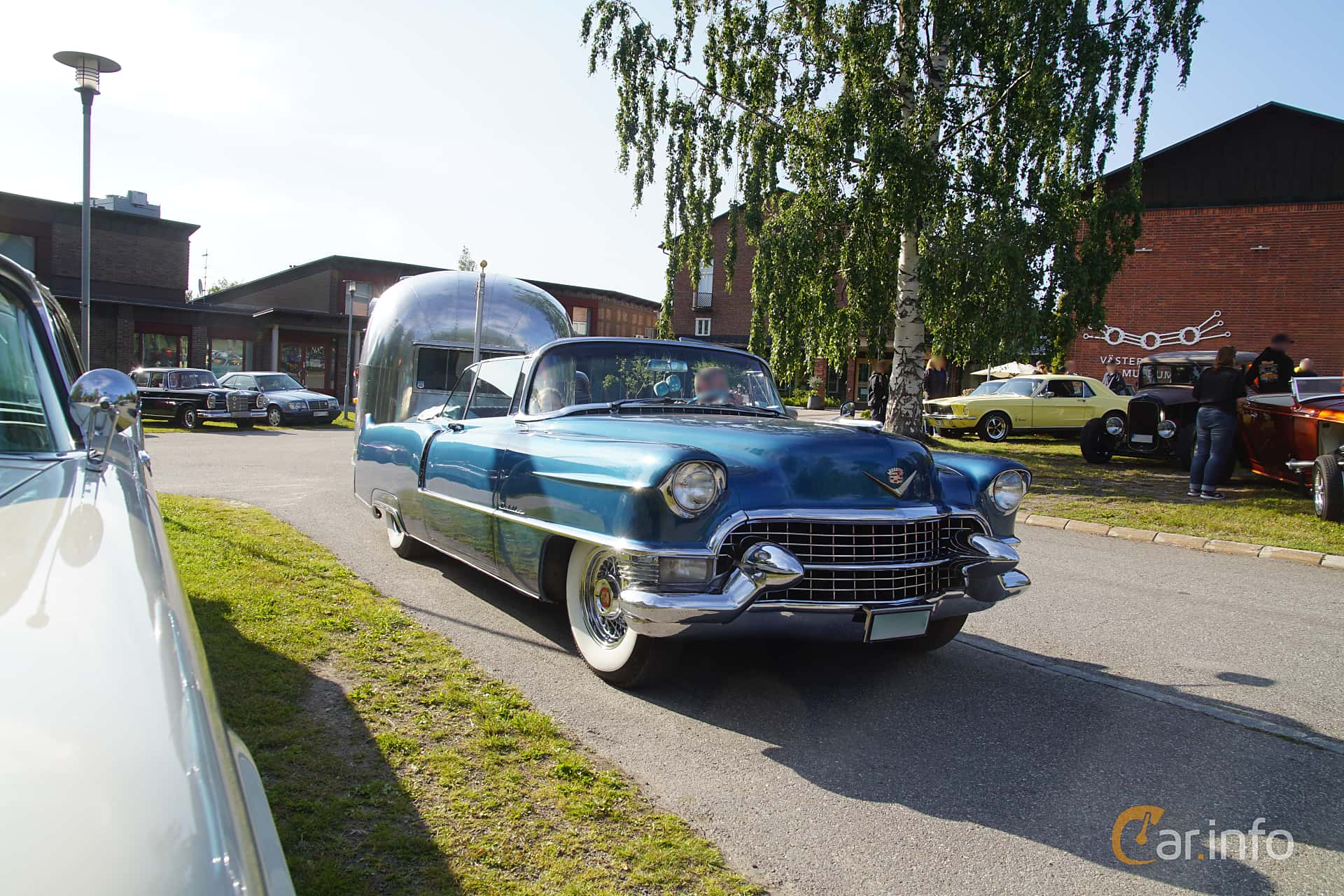 Cadillac Sixty-Two Convertible Coupé 5.4 V8 Automatic, 254hp, 1955 at Onsdagsträffar på Gammlia Umeå 2019 vecka 28