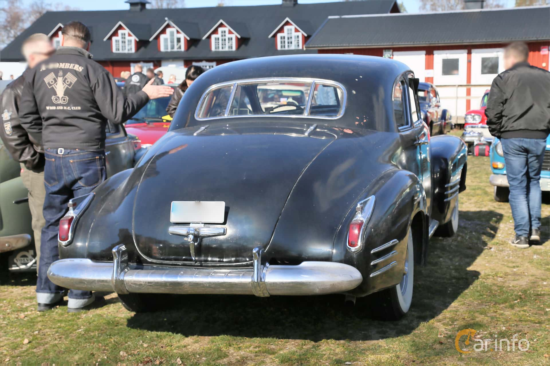 Cadillac Sixty-Two Coupé 5.7 V8 Hydra-Matic, 152hp, 1941 at Uddevalla Veteranbilsmarknad Backamo, Ljungsk 2019