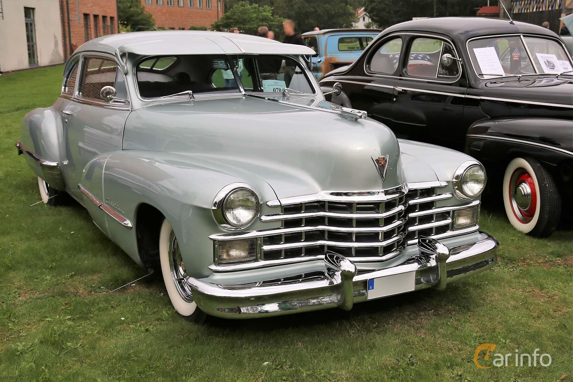Cadillac Sixty-Two Club Coupé 5.7 V8 Hydra-Matic, 152hp, 1947 at Lödöse motornostalgiska dag 2019