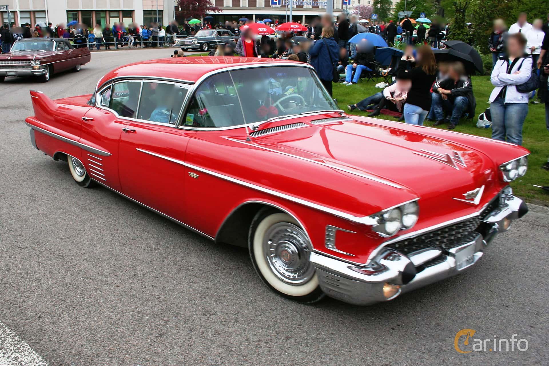 Cadillac Sixty-Two Sedan de Ville 6.0 V8 Automatic, 314hp, 1958