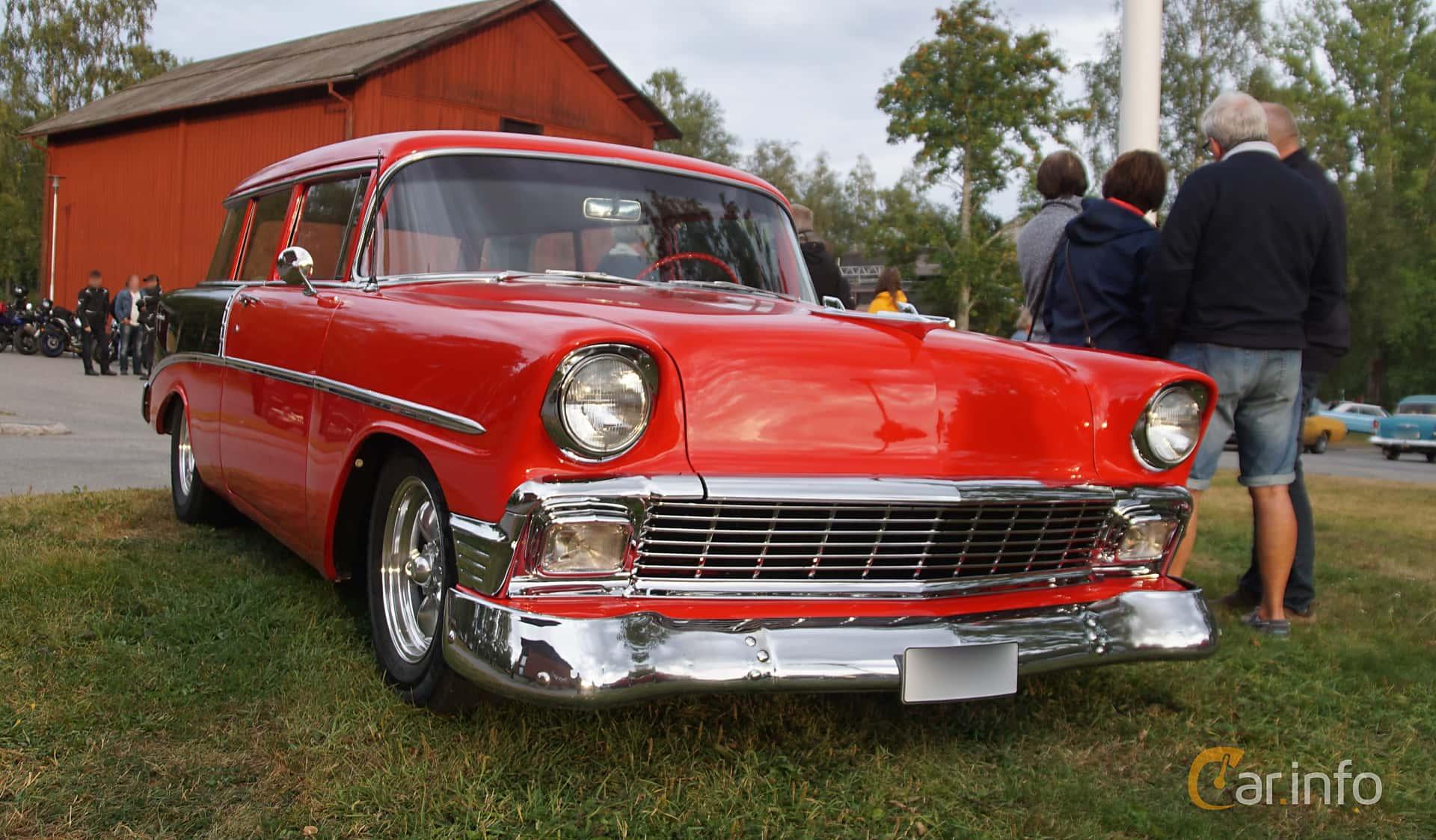 Front/Side  of Chevrolet 210 Handyman 3.9 Powerglide, 142ps, 1956 at Onsdagsträffar på Gammlia Umeå 2019 vecka 32