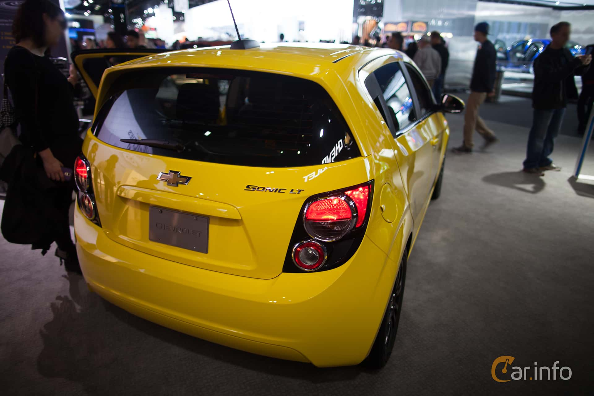 Back/Side of Chevrolet Aveo 1.8 Manual, 137ps, 2015 at North American  International