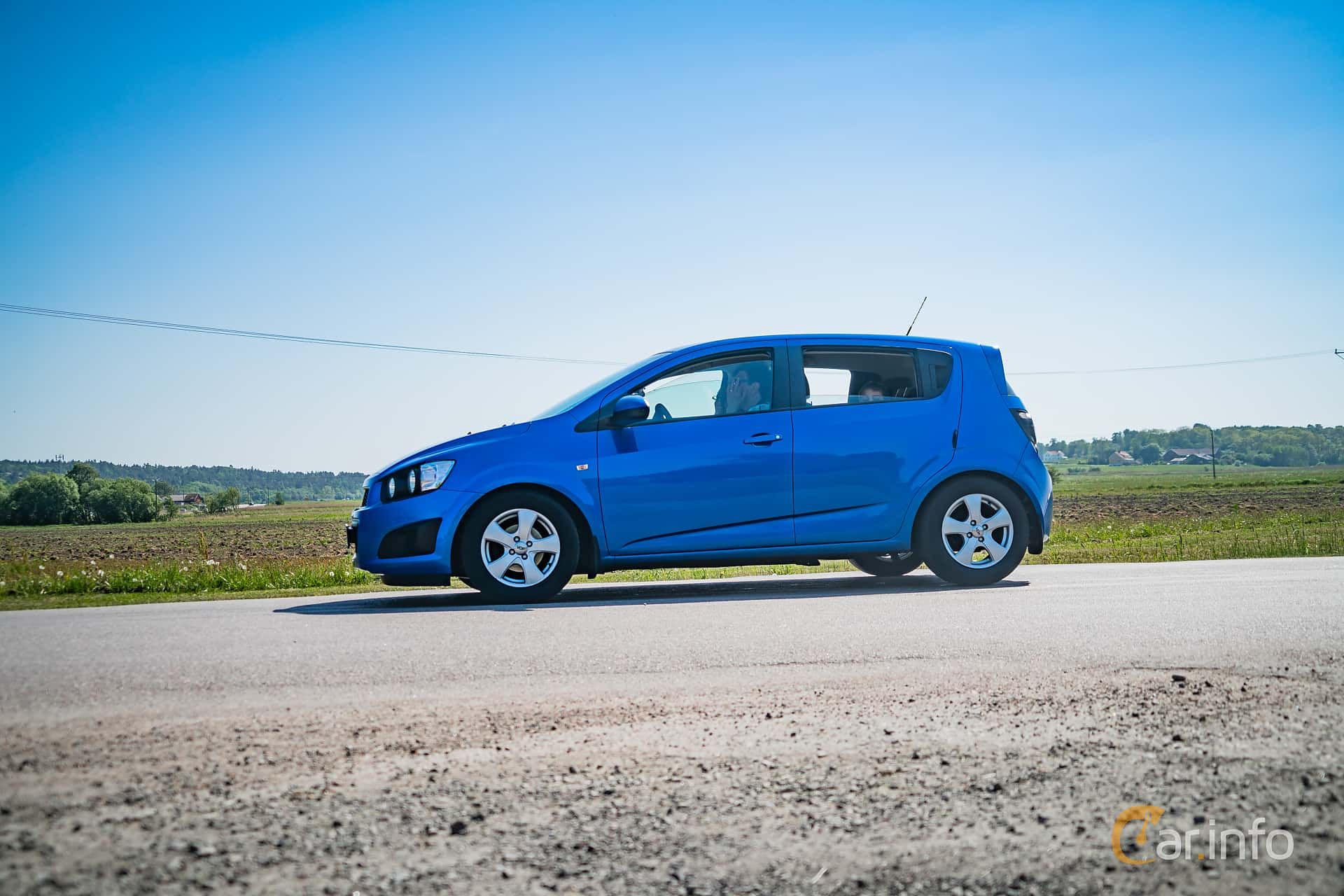 Side  of Chevrolet Aveo 1.2 Manual, 86ps, 2012 at Tjolöholm Classic Motor 2018