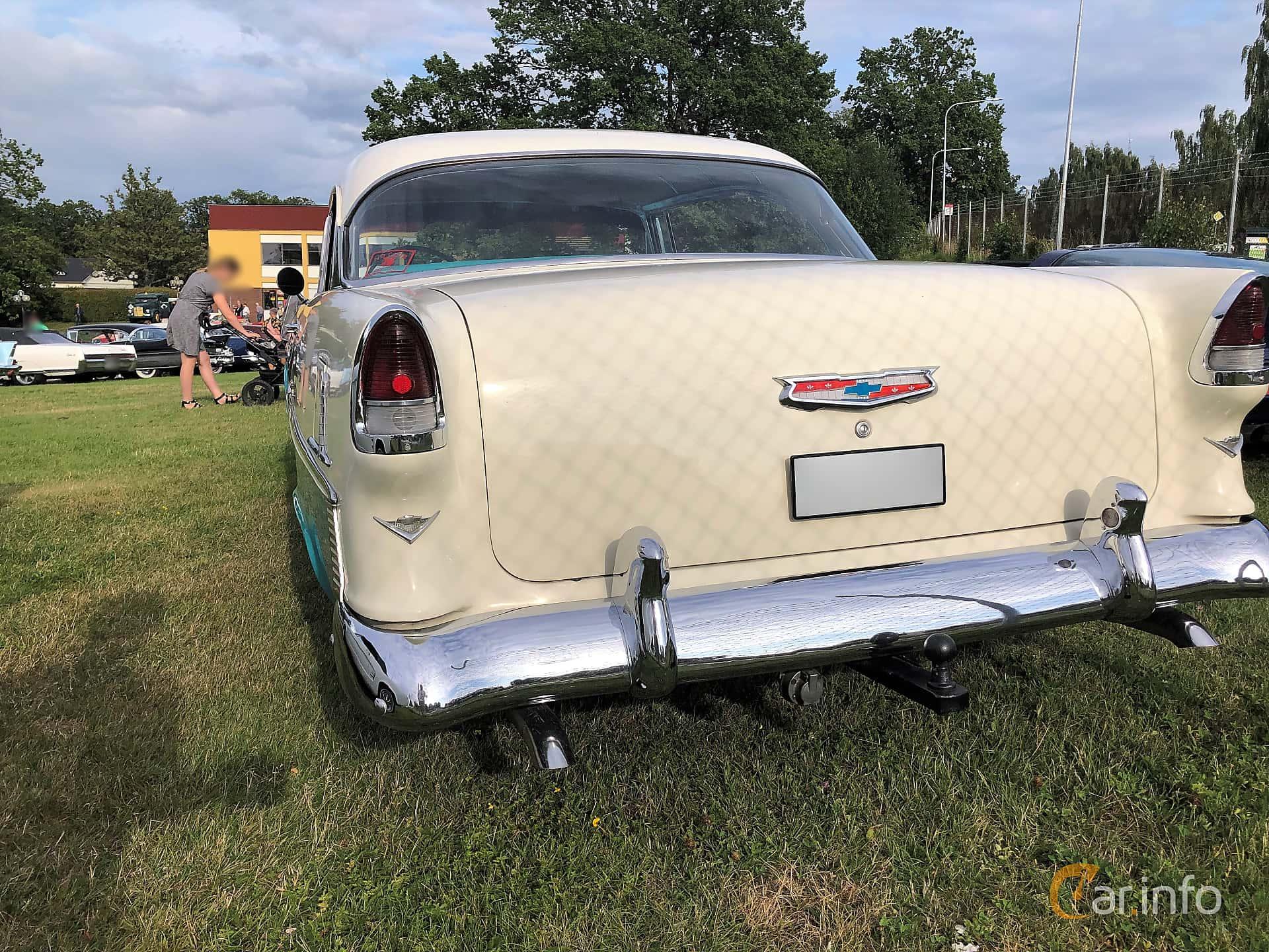 Back of Chevrolet Bel Air Sport Coupé 4.3 V8 Powerglide, 183ps, 1955 at Bil & MC-träffar i Huskvarna Folkets Park 2019 vecka 32 tema Hot Rods