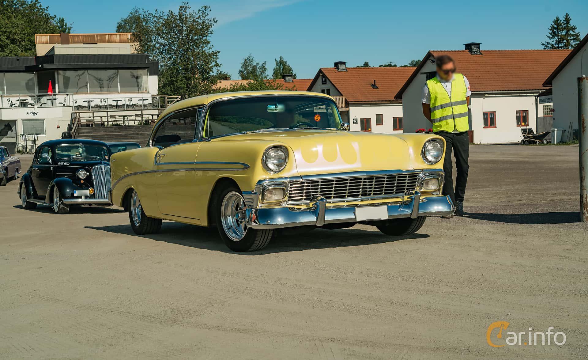 Chevrolet Bel Air Sport Coupé 4.3 V8 Powerglide, 228hp, 1956 at Stockholm Vintage & Sports Car meet 2019