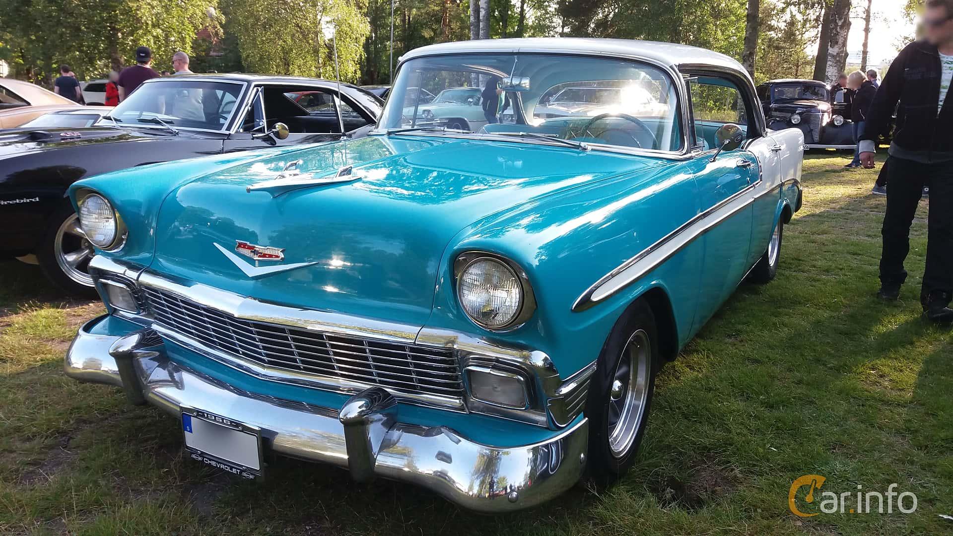 Front/Side  of Chevrolet Bel Air Sport Sedan 4.3 V8 Manual, 165ps, 1956 at Onsdagsträffar på Gammlia Umeå 2019 vecka 28