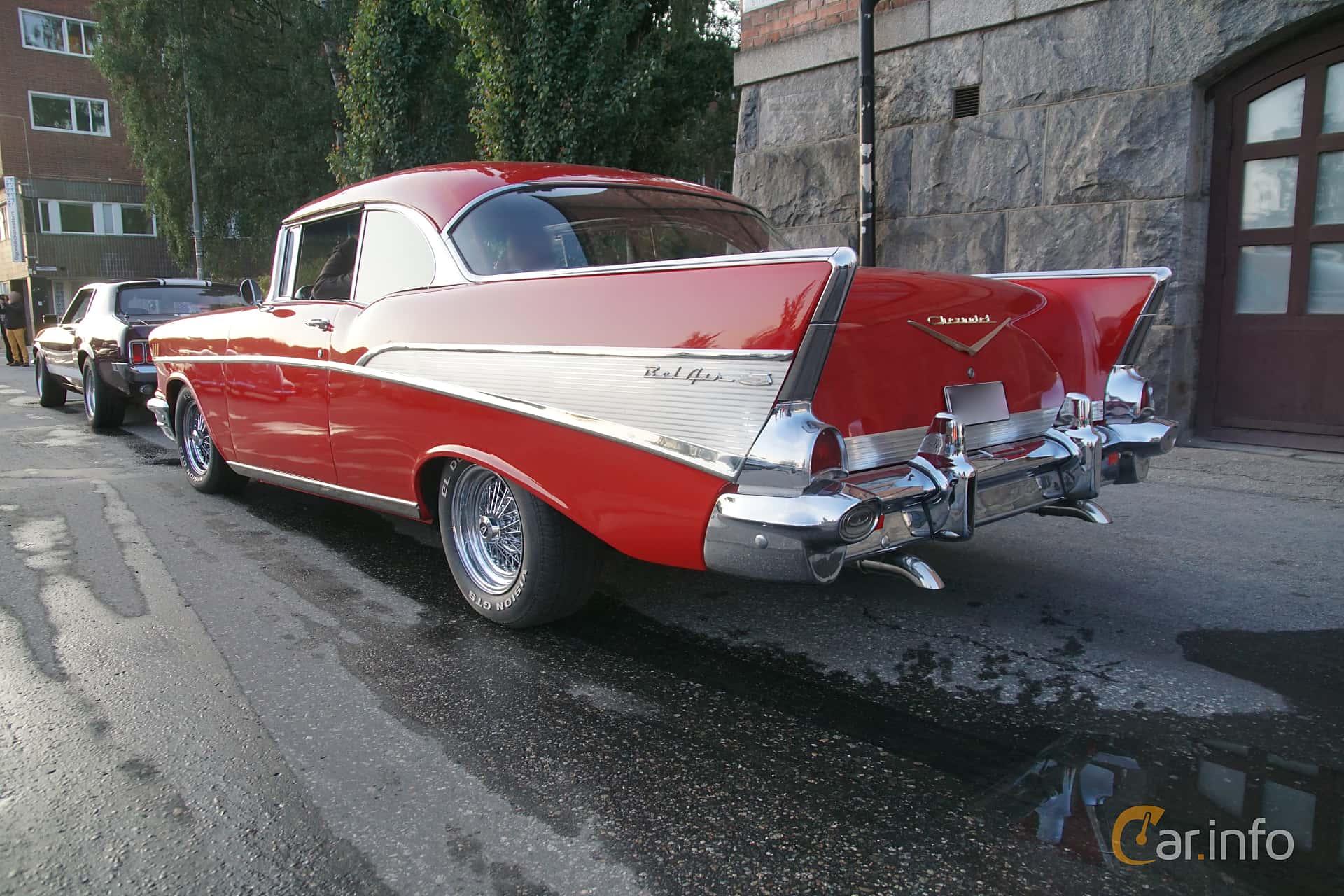 Back/Side of Chevrolet Bel Air Sport Coupé 4.6 V8 Manual, 223ps, 1957 at Onsdagsträffar på Gammlia Umeå 2019 vecka 34
