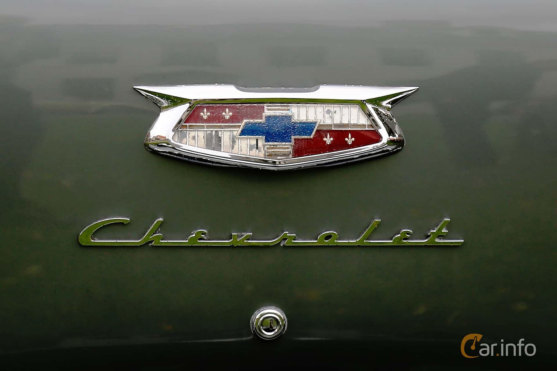 Chevrolet Bel Air 4-door Sedan 3.9 Manual, 117hp, 1954